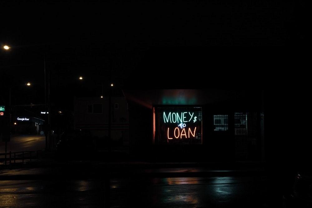 Money loan sign